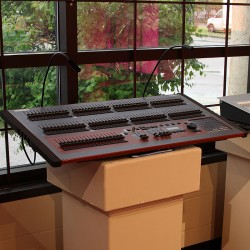 Used LSC Maxim XL Lighting Console-001