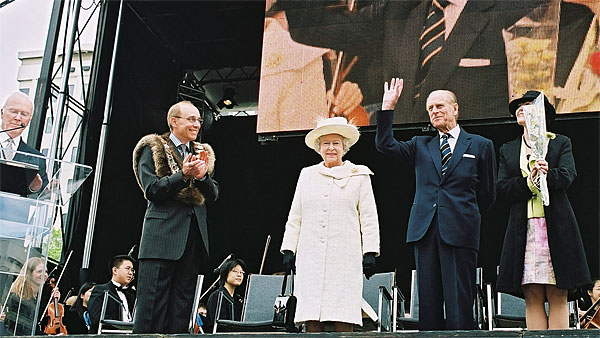 Queen Elizabert II and His Royal Highness, Prince Philip Jubilee Visit to Edmonton with Audio, Video, Lighting and Staging supplied by Allstar Show Industries in Churchill Square